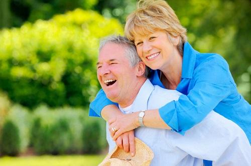 Hạt điều rang muối giúp cho xương chắc khỏe và tốt cho dây thần kinh