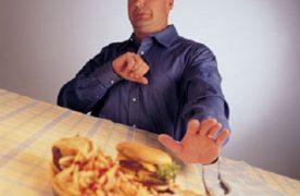 Trị đầy hơi, chướng bụng tiện lợi bằng thực phẩm tại nhà