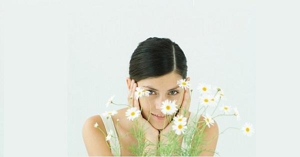 Hướng dẫn cách làm đẹp bằng hoa cúc giúp chăm sóc và làm đẹp da