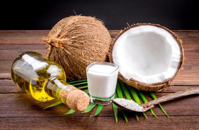 cách làm đẹp bằng dầu dừa