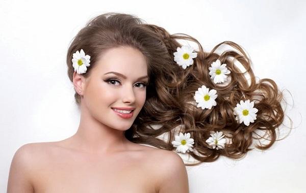 Cách làm đẹp tóc từ quả bơ dành cho tóc khô xơ, rối, chẻ ngọn