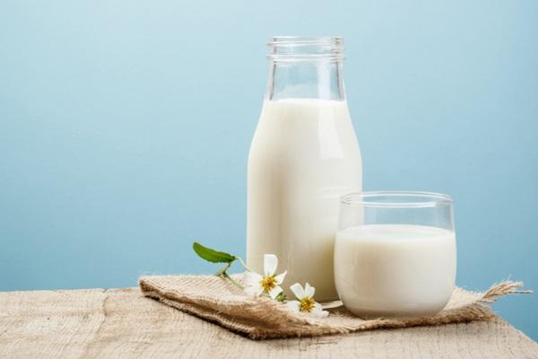 Cách làm đẹp bằng sữa tươi và những lưu ý trong làm đẹp
