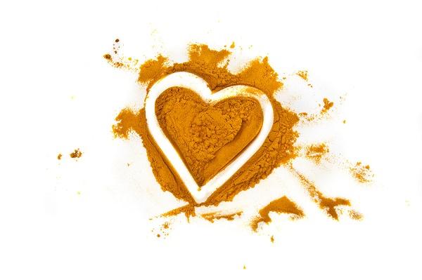 Tinh bột nghệ hỗ trợ điều trị tim mạch