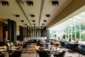 Việc định hình phong cách thiết kế nhà hàng phải phù hợp và hướng đến đối tượng khách hàng mục tiêu.