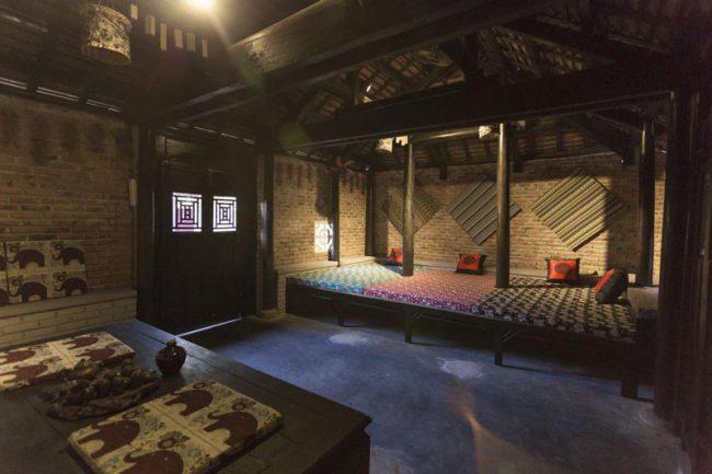 Nội thất homestay theo phong cách Rustic style có nét đẹp giản dị với tính ứng dụng cao.
