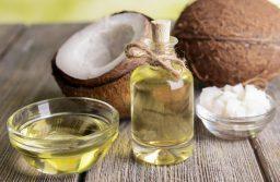5 công thức dưỡng trắng da bằng dầu dừa đơn giản