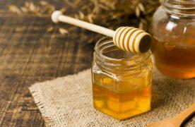 Mật ong có tác dụng kháng khuẩn, giảm viêm rất tốt