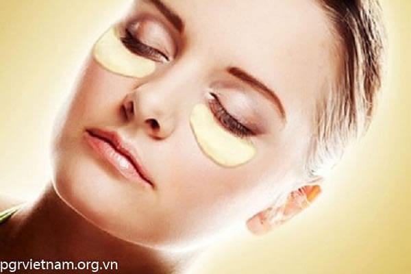 Bột khoai tây giảm thâm quầng mắt hiệu quả